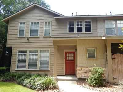 The Woodlands Condo/Townhouse For Sale: 66 Scarlet Woods Court