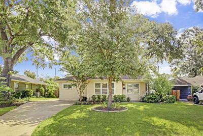 Timbergrove Manor Single Family Home For Sale: 1126 Nashua Street