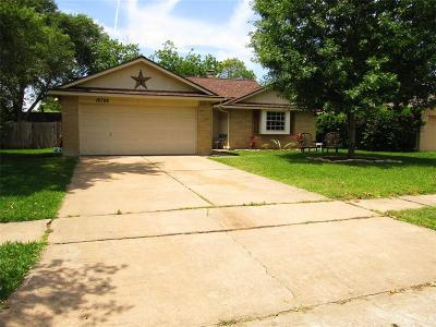 Sugar Land TX Single Family Home For Sale: $167,995
