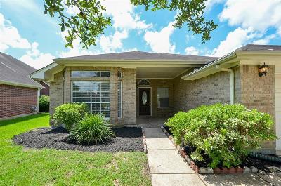 Fresno TX Single Family Home For Sale: $215,000