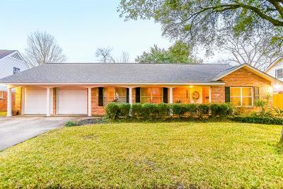 Pasadena Single Family Home For Sale: 2309 Lillian Street