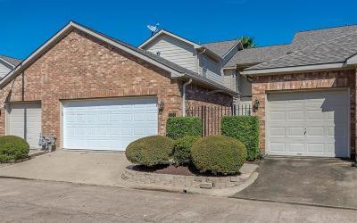 Seabrook Condo/Townhouse For Sale: 2038 Glencove Drive
