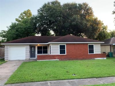 Pasadena Single Family Home For Sale: 3305 Chestershire Drive