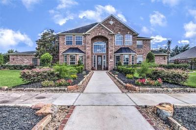 Deer Park Single Family Home For Sale: 2410 Savannah Bend