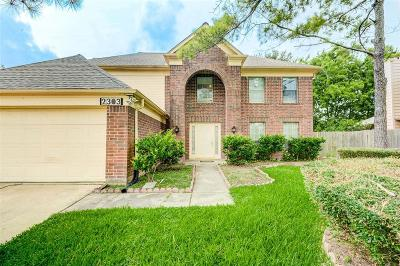Sugar Land Single Family Home For Sale: 2303 Parkhaven Drive