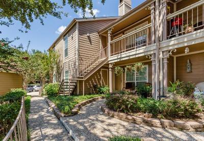 Condo/Townhouse For Sale: 1860 White Oak Drive #202