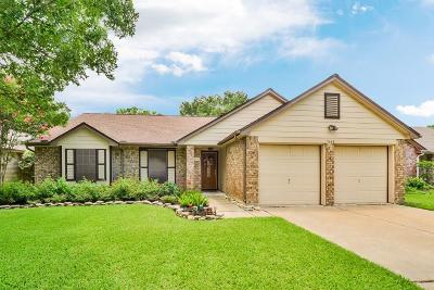 Fort Bend County Single Family Home For Sale: 7002 Yardley Drive