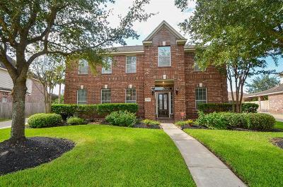 Single Family Home For Sale: 17414 Pinecreek Hollow Lane