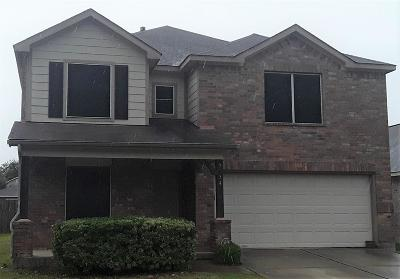 Humble Single Family Home For Sale: 9334 Cold River Court