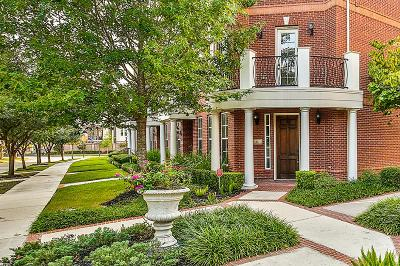 The Woodlands Condo/Townhouse For Sale: 23 Islewood Boulevard