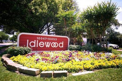 Houston Condo/Townhouse For Sale: 10051 Westpark Drive #207