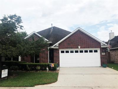 Single Family Home For Sale: 15238 Scenic Woodlands Dr