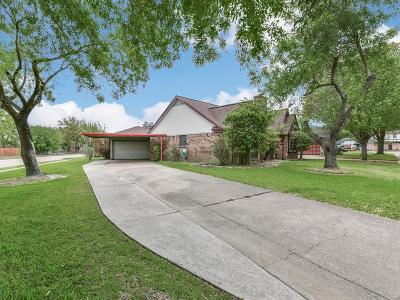Deer Park Single Family Home For Sale: 2313 Wake Forest Drive