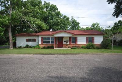 Lavaca County Single Family Home For Sale: 101 Sabine Street