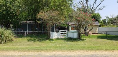 Baytown Single Family Home For Sale: 2407 Riceflower Street