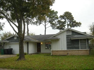 Houston Single Family Home For Sale: 8205 Albacore Drive