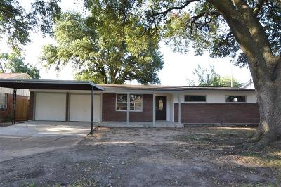 Houston TX Single Family Home For Sale: $169,000