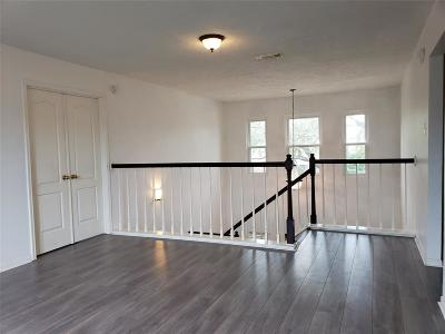 Pearland Single Family Home For Sale: 2215 Alexander Lane