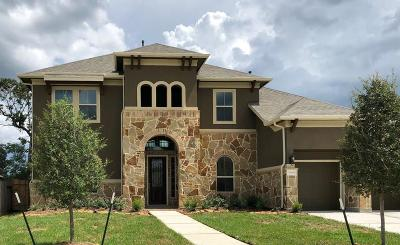 Kingwood Single Family Home For Sale: 5906 Fairway Shores Ln