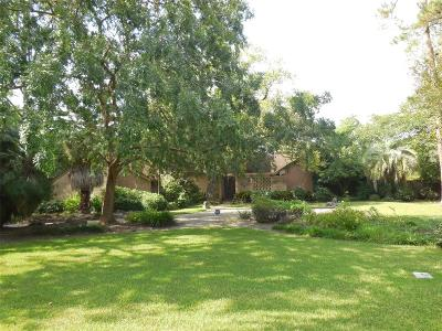 Houston Single Family Home For Sale: 4 Tokeneke Trail