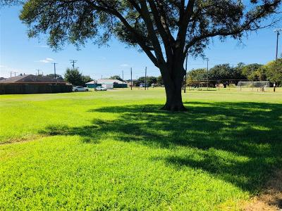 Bay City Residential Lots & Land For Sale: 1610 Helen Street