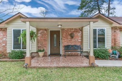 Spring Single Family Home For Sale: 23323 Naples Drive
