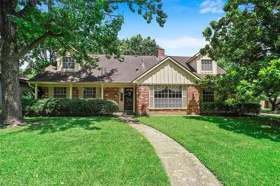 Houston Single Family Home For Sale: 9515 Braewick Drive