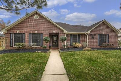 Pearland Single Family Home For Sale: 3411 Windcrest Court