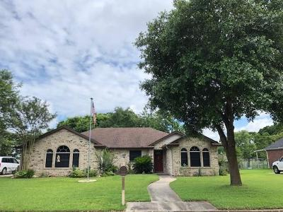 Bellville Single Family Home For Sale: 122 Wild Phlox Drive