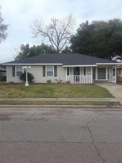 Single Family Home For Sale: 505 S 7th Street