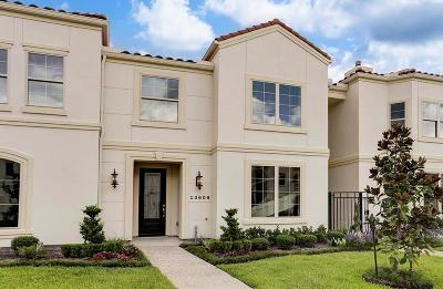 Houston Condo/Townhouse For Sale: 13609 Teal Bluff Lane