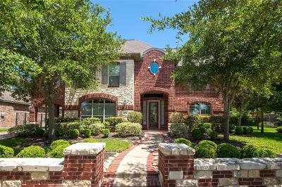 Cypress Single Family Home For Sale: 18122 E Allen Shore Drive