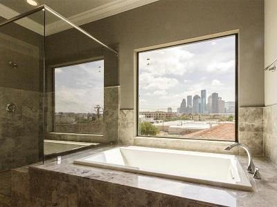 Houston Condo/Townhouse For Sale: 306 W Saulnier Street