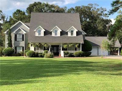 Huffman Single Family Home For Sale: 1015 Valley Commons Drive