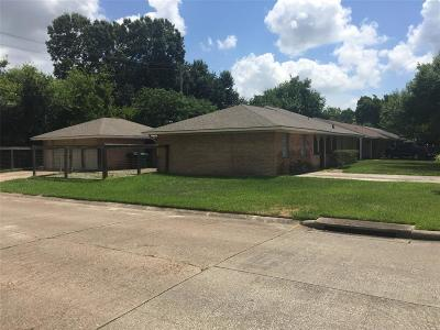 Oak Forest Single Family Home For Sale: 5910 W 43rd Street