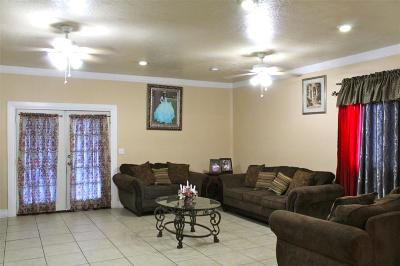 Channelview Single Family Home For Sale: 691 Overbluff