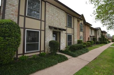 Stafford Condo/Townhouse For Sale: 11752 S Kirkwood Road
