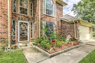 La Porte Single Family Home For Sale: 5210 Valley Brook Court