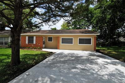 League City Single Family Home For Sale: 418 Lakeside Drive