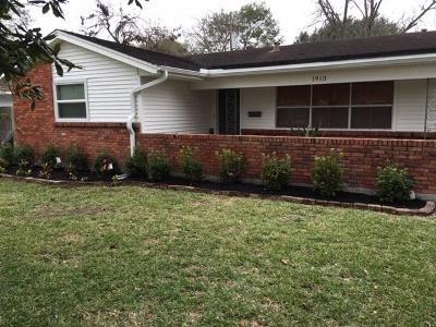 Houston Single Family Home For Sale: 1913 Stillwood Drive