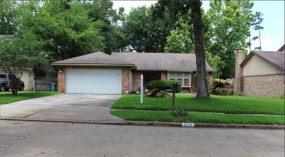 Spring Single Family Home For Sale: 3231 Old Chapel Drive