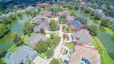 Sugar Land Single Family Home For Sale: 14 Lake Mist Court