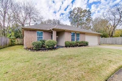 Friendswood Single Family Home For Sale: 15502 Pilgrim Hall Drive