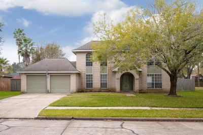 Friendswood Single Family Home For Sale: 808 Lancaster Drive