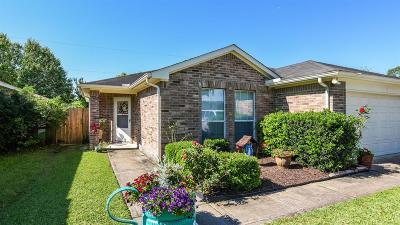 Alvin Single Family Home For Sale: 518 E House Street