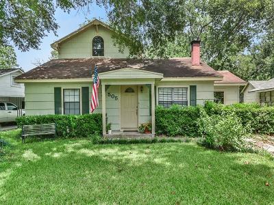 Eagle Lake Single Family Home For Sale: 505 N Walnut Avenue