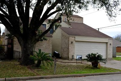 Stafford Single Family Home For Sale: 502 Shady Dale Drive