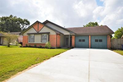 League City TX Single Family Home For Sale: $198,000