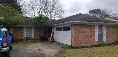 Houston Single Family Home For Sale: 851 Pebbleshire Drive