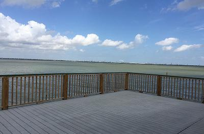 Tiki Island Single Family Home For Sale: 211 Isles End Road